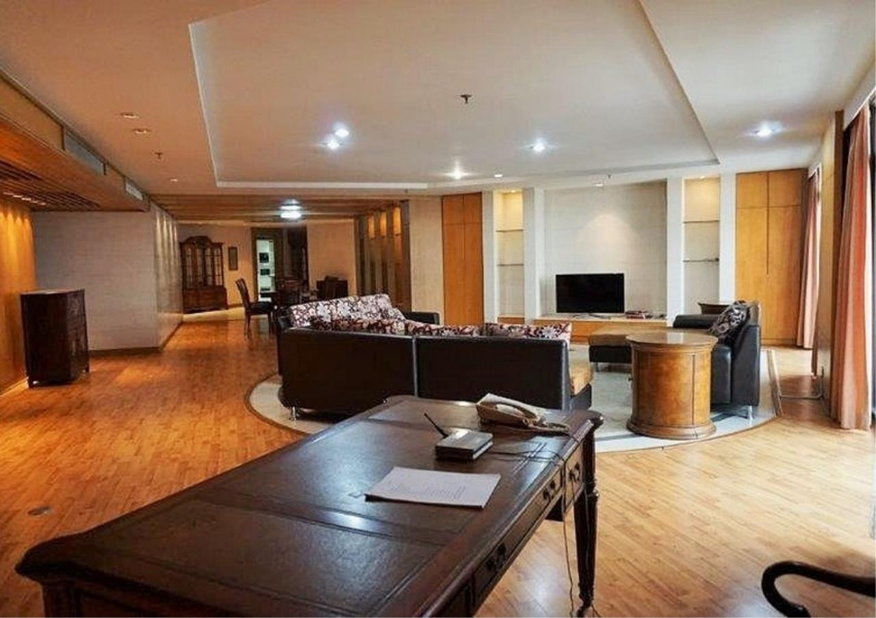 Bangkok Residential Agency's 6 Bed Condo For Rent in Nana BR3644CD 1