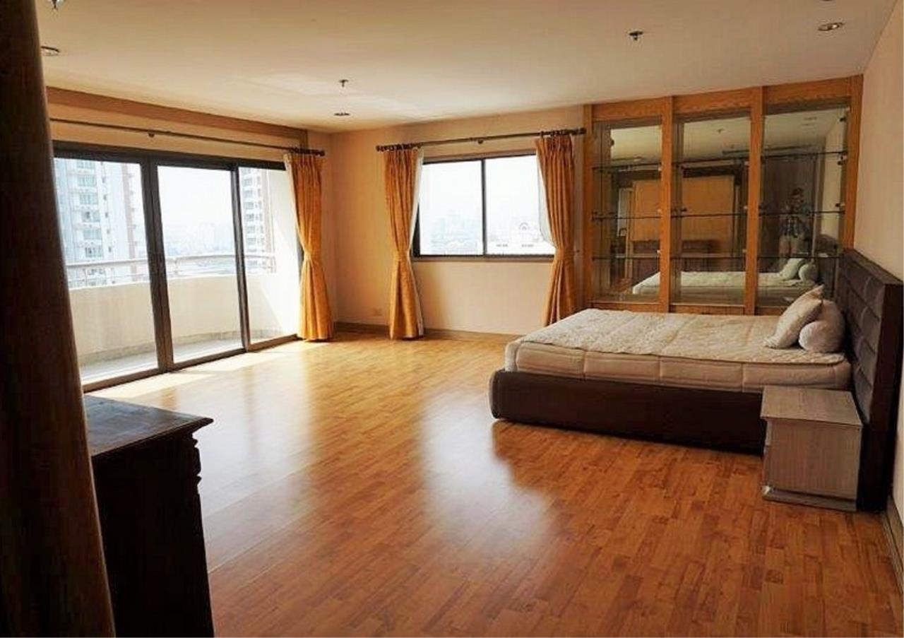 Bangkok Residential Agency's 6 Bed Condo For Rent in Nana BR3644CD 7