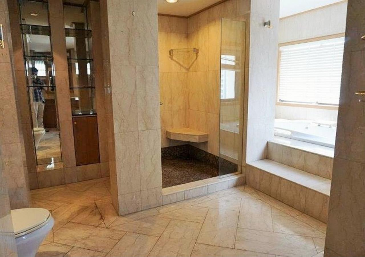 Bangkok Residential Agency's 6 Bed Condo For Rent in Nana BR3644CD 16