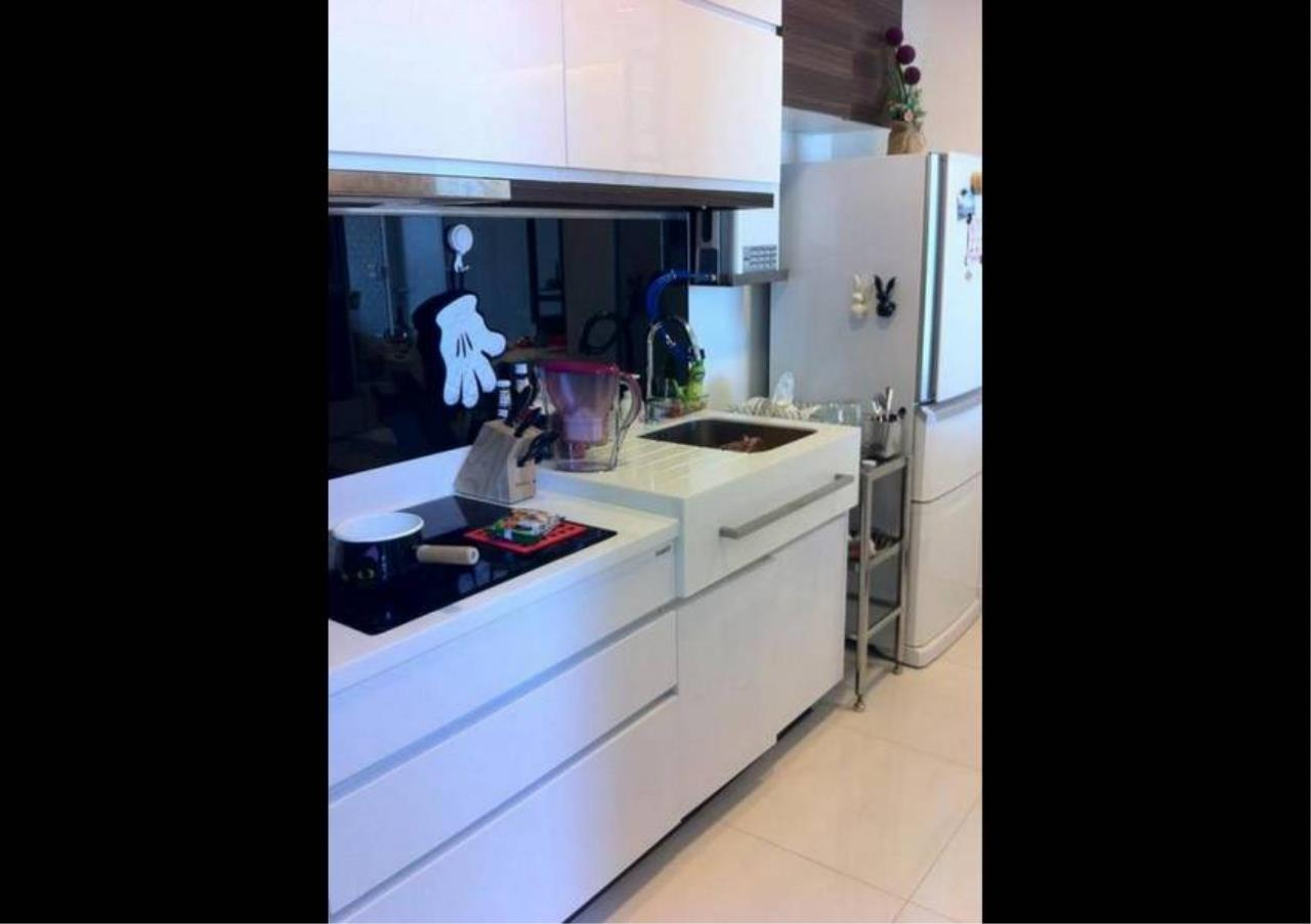 Bangkok Residential Agency's 3 Bed Condo For Rent in Punnawithee BR3771CD 4