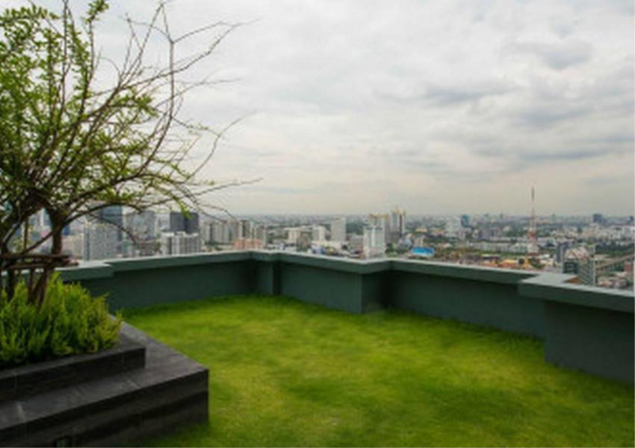 Bangkok Residential Agency's 2 Bed Condo For Rent in Phetchaburi BR3796CD 9
