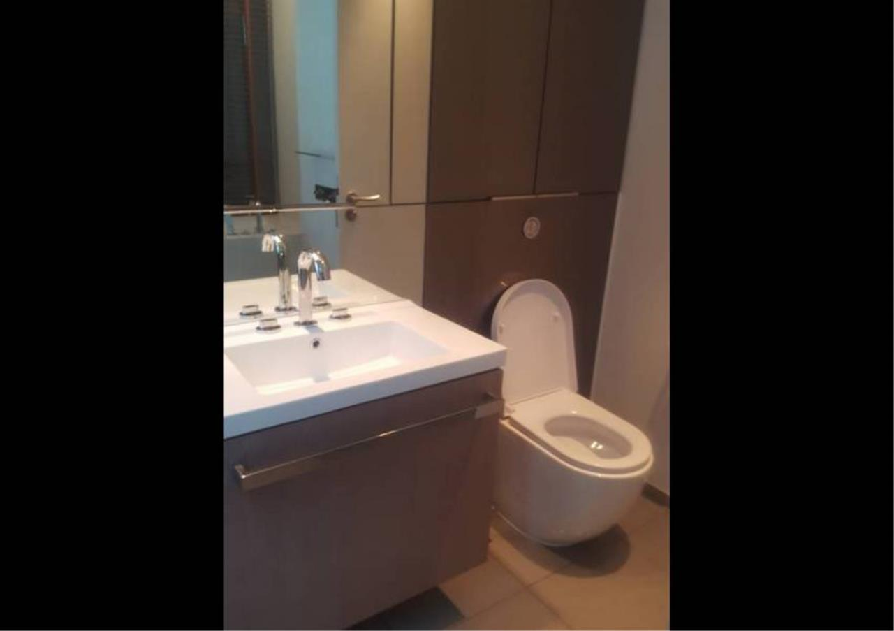 Bangkok Residential Agency's 2 Bed Condo For Rent in Ratchadamri BR3849CD 4