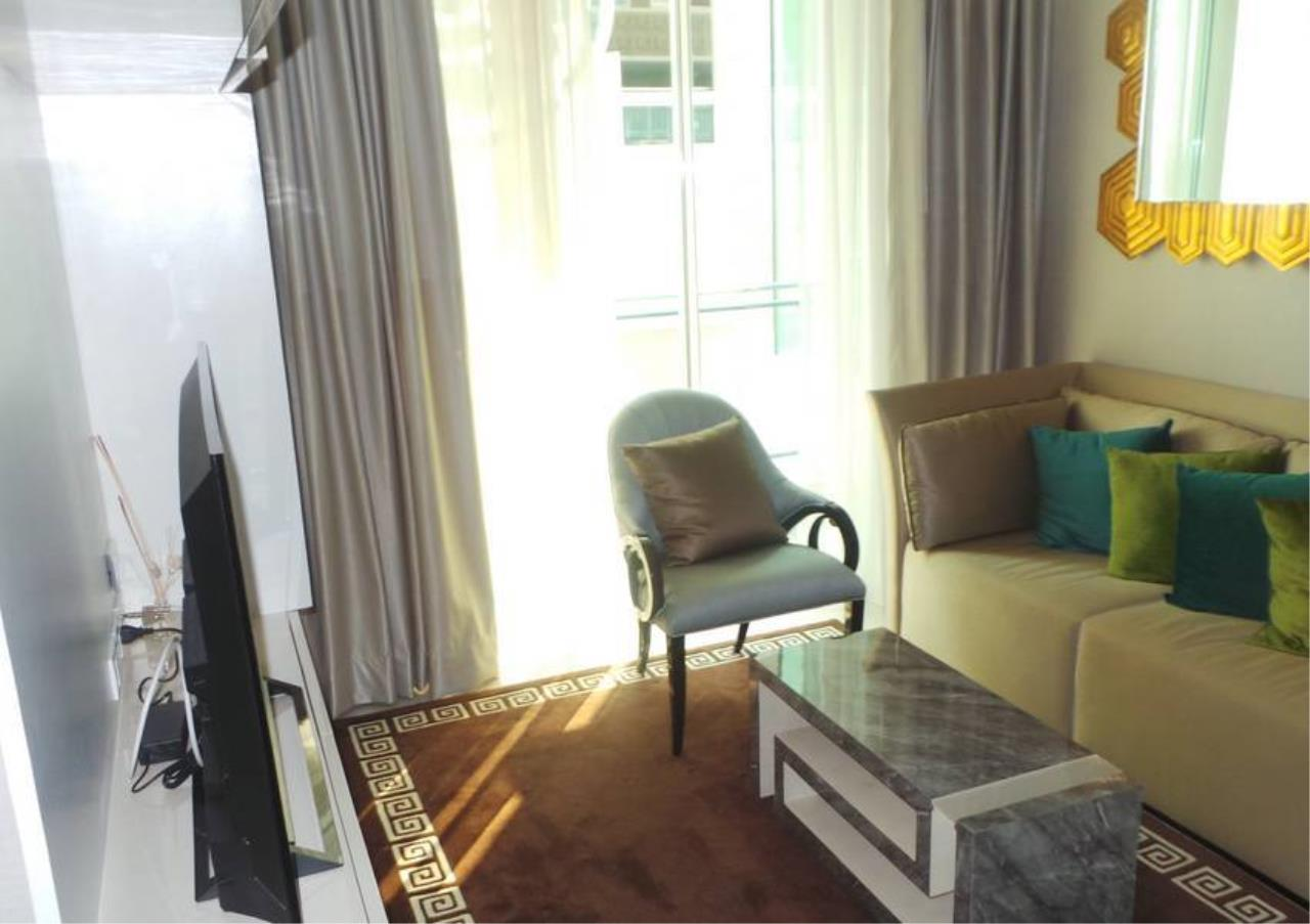 Bangkok Residential Agency's 2 Bed Condo For Rent in Chidlom BR3877CD 2