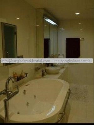 Bangkok Residential Agency's 2 Bed Condo For Rent in Chidlom BR3970CD 46