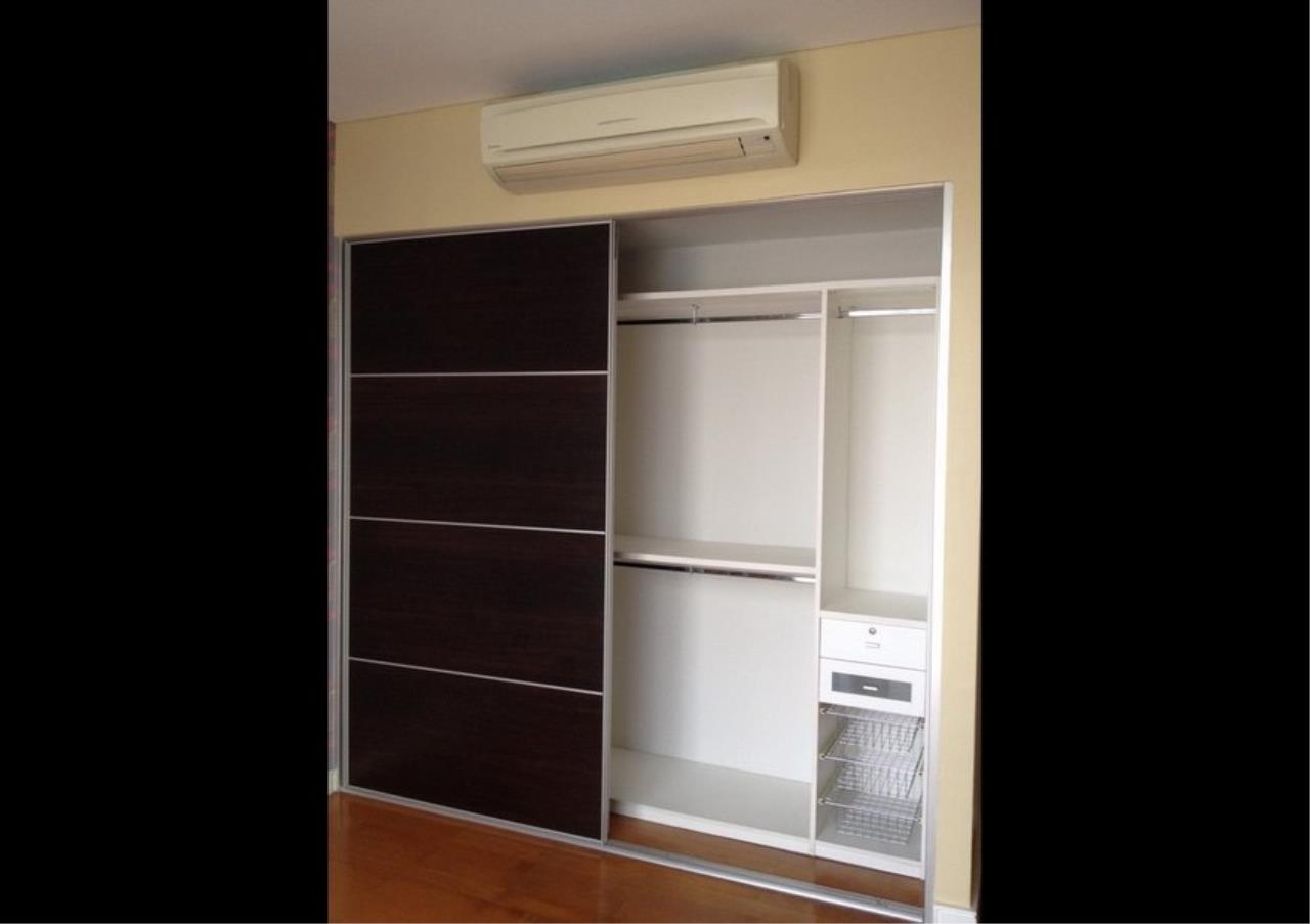 Bangkok Residential Agency's 3 Bed Condo For Rent in Ekkamai BR3991CD 6