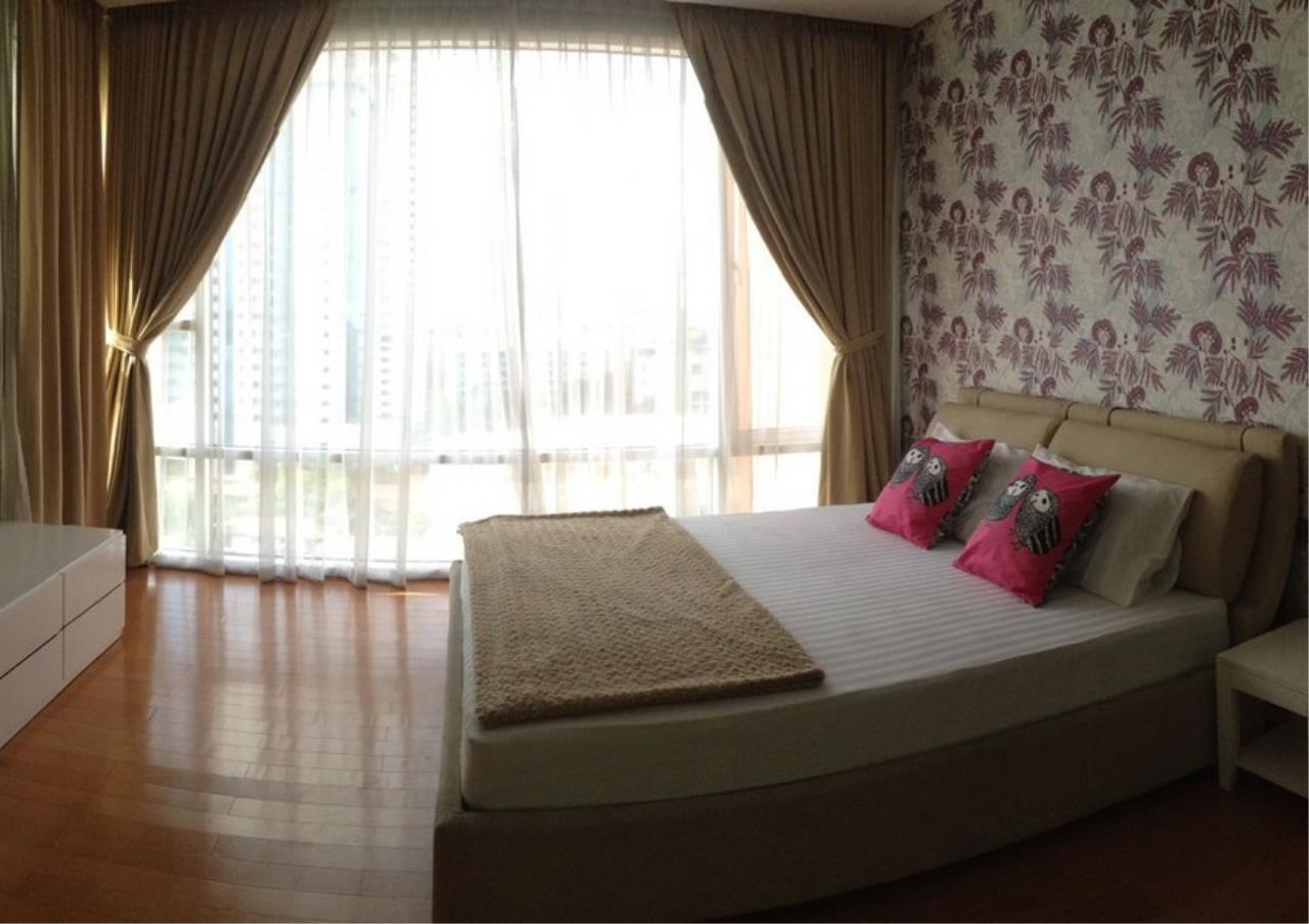 Bangkok Residential Agency's 3 Bed Condo For Rent in Ekkamai BR3991CD 8