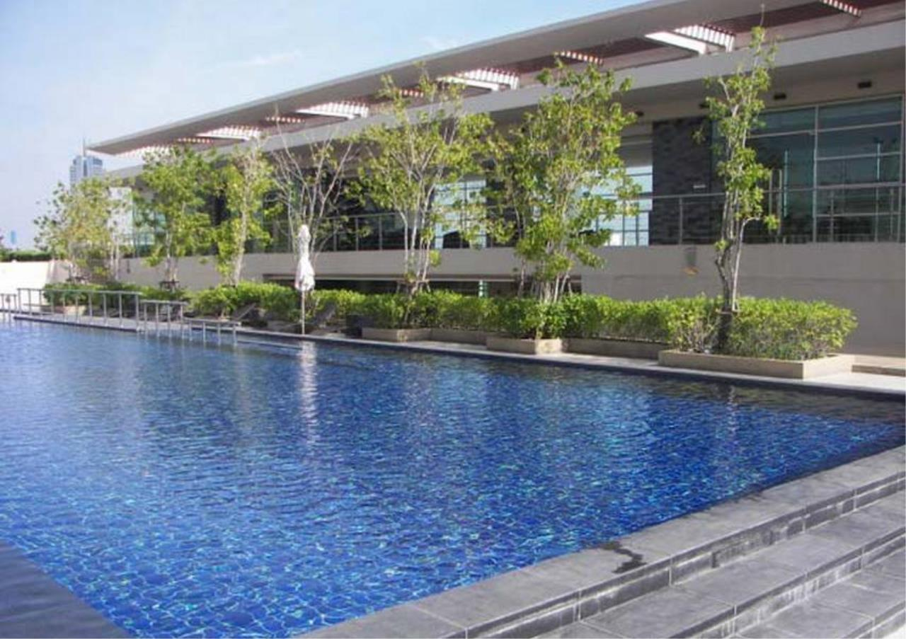 Bangkok Residential Agency's 2 Bed Condo For Rent Near Riverside BR4029CD 2