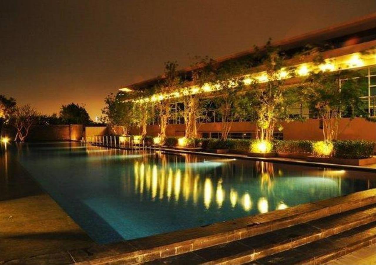 Bangkok Residential Agency's 2 Bed Condo For Rent Near Riverside BR4029CD 4