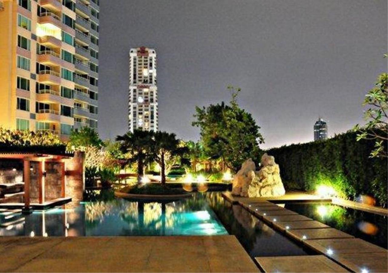 Bangkok Residential Agency's 2 Bed Condo For Rent Near Riverside BR4029CD 5