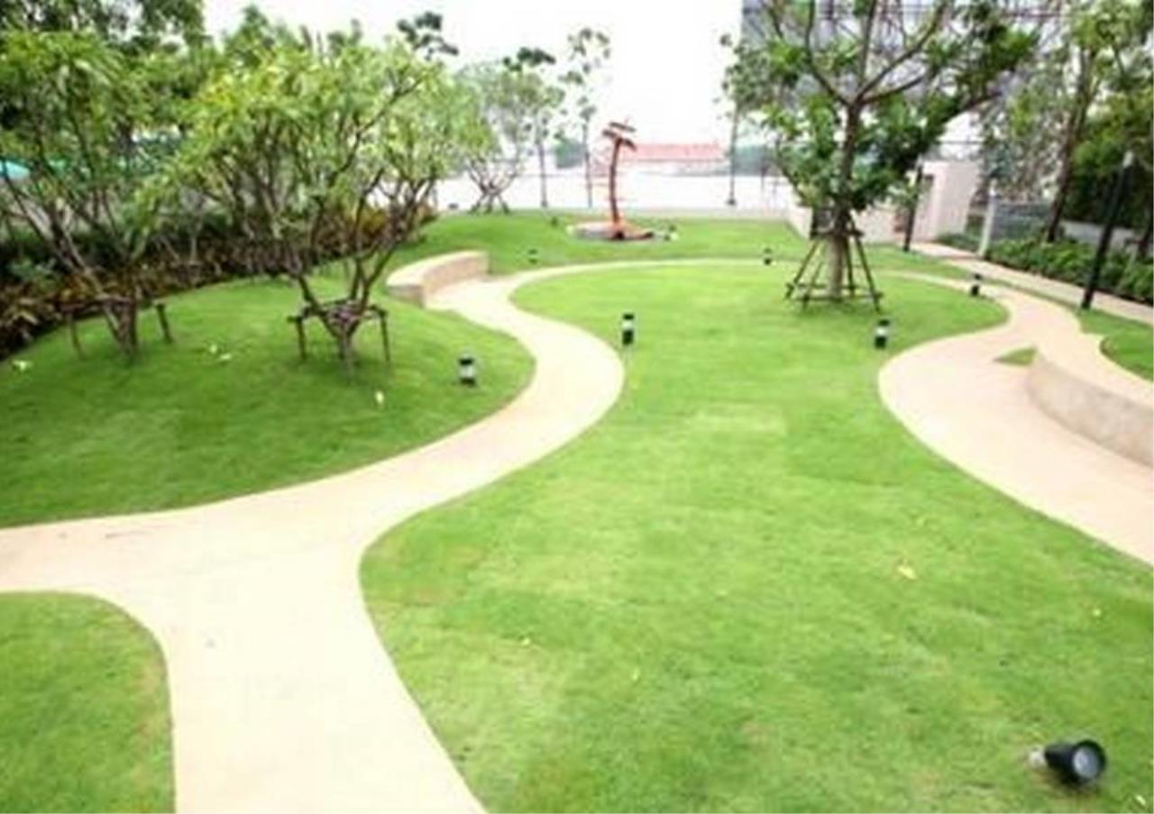 Bangkok Residential Agency's 2 Bed Condo For Rent Near Riverside BR4029CD 7