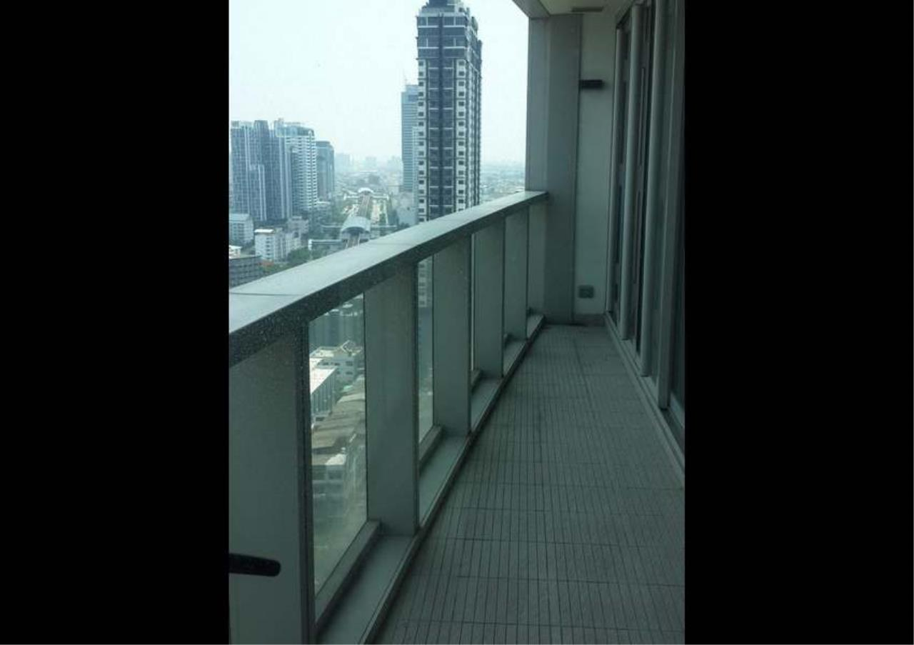 Bangkok Residential Agency's 2 Bed Condo For Rent Near Riverside BR4035CD 10
