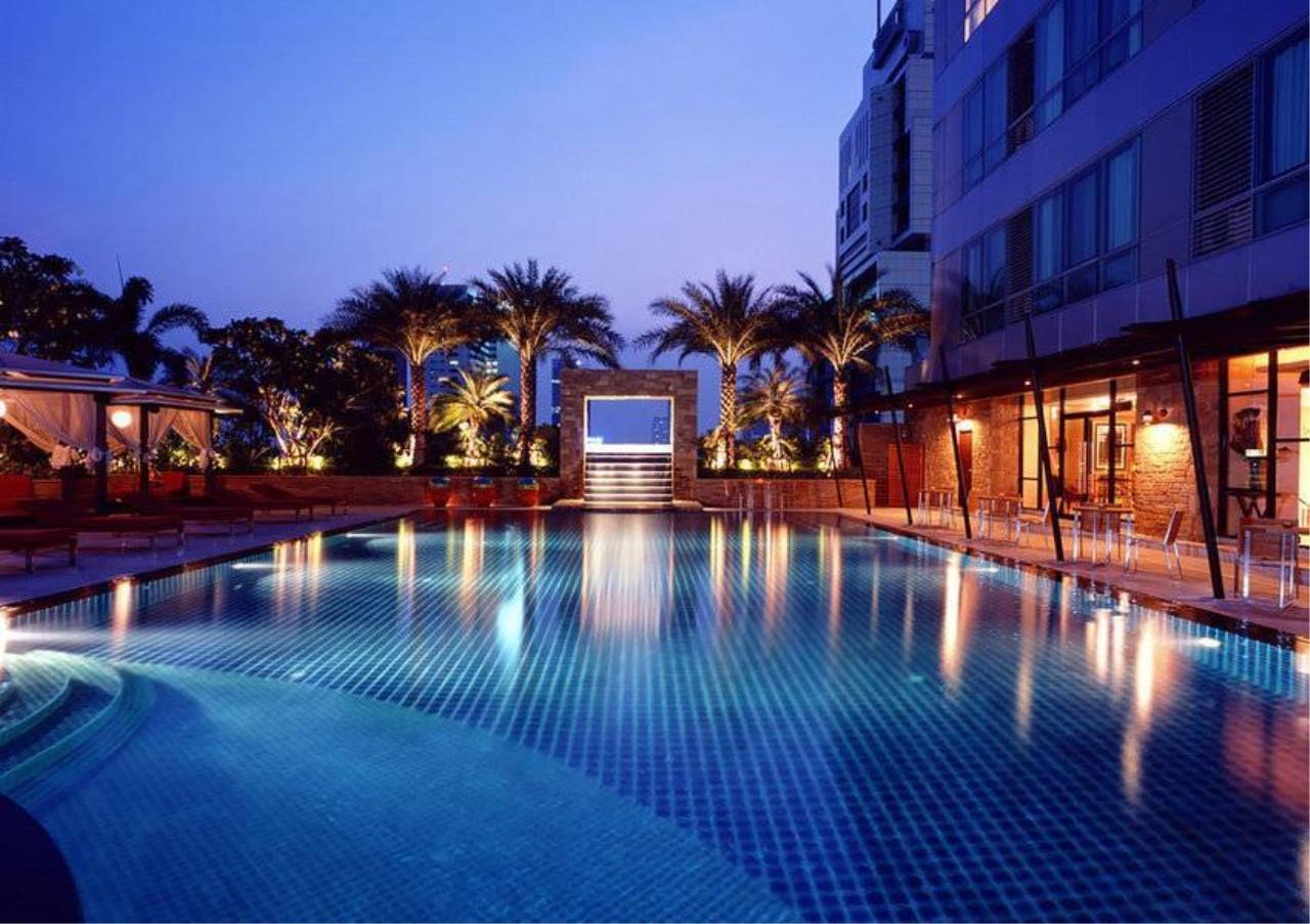 Bangkok Residential Agency's 2 Bed Condo For Rent in Sathorn BR4075CD 1