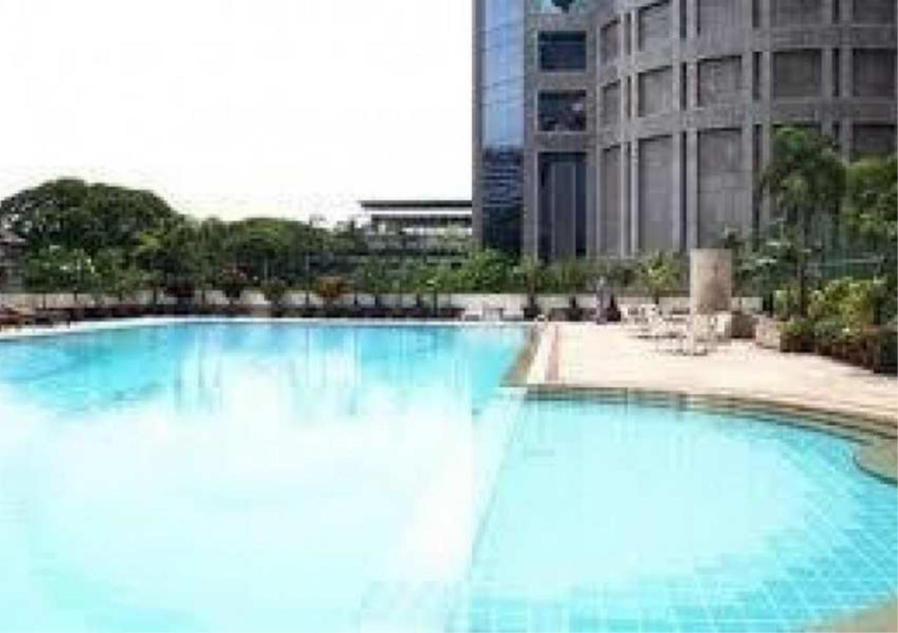 Bangkok Residential Agency's 2 Bed Condo For Rent in Ratchadamri BR4131CD 9
