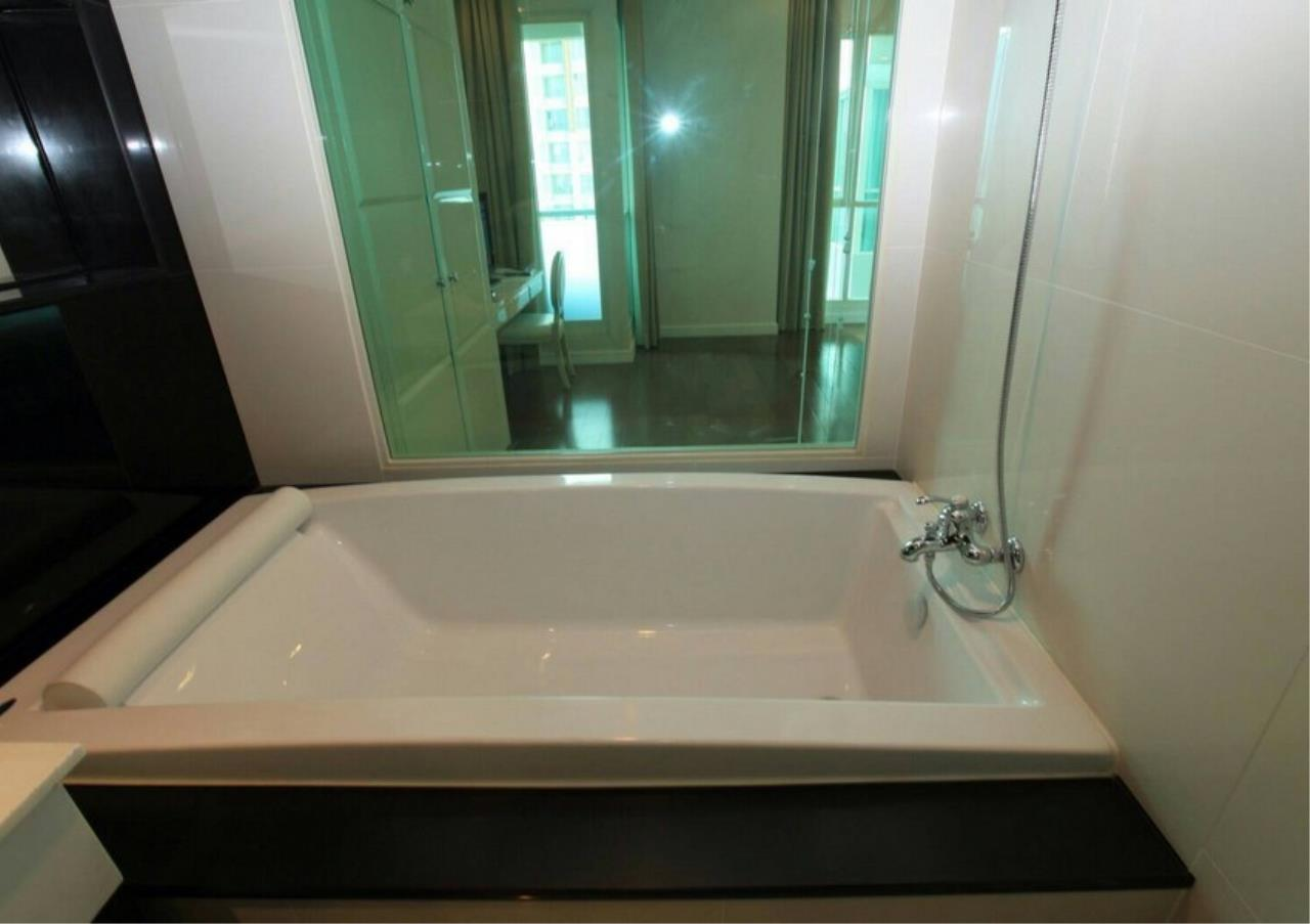Bangkok Residential Agency's 1 Bed Condo For Rent in Chidlom BR4141CD 4