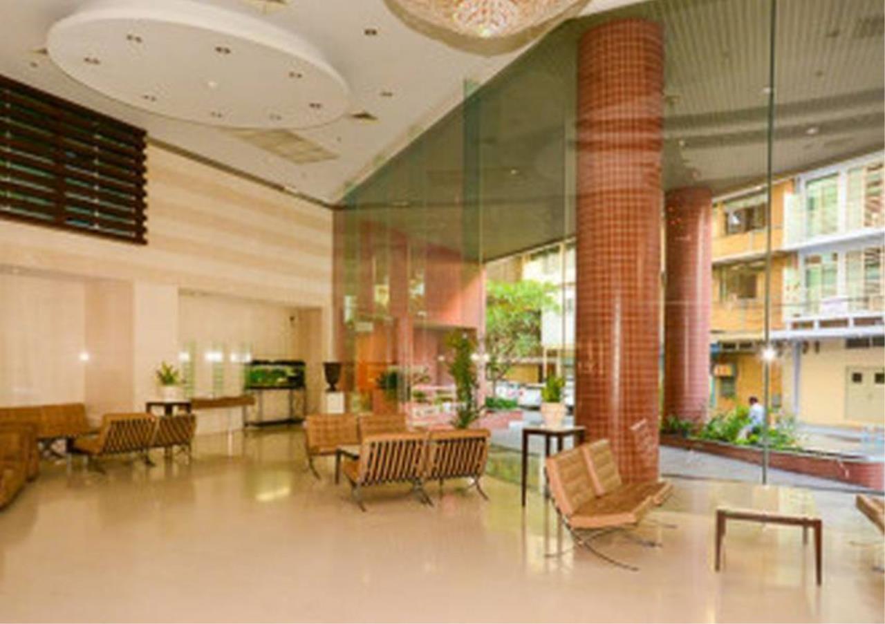 Bangkok Residential Agency's 3 Bed Condo For Rent in Asoke BR4149CD 4