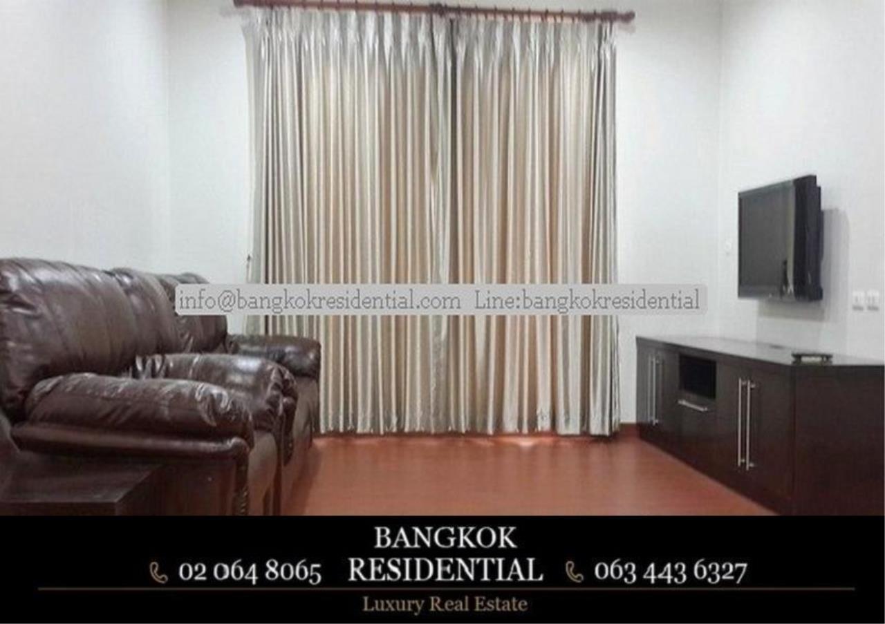 Bangkok Residential Agency's 3 Bed Condo For Rent in Asoke BR4149CD 9