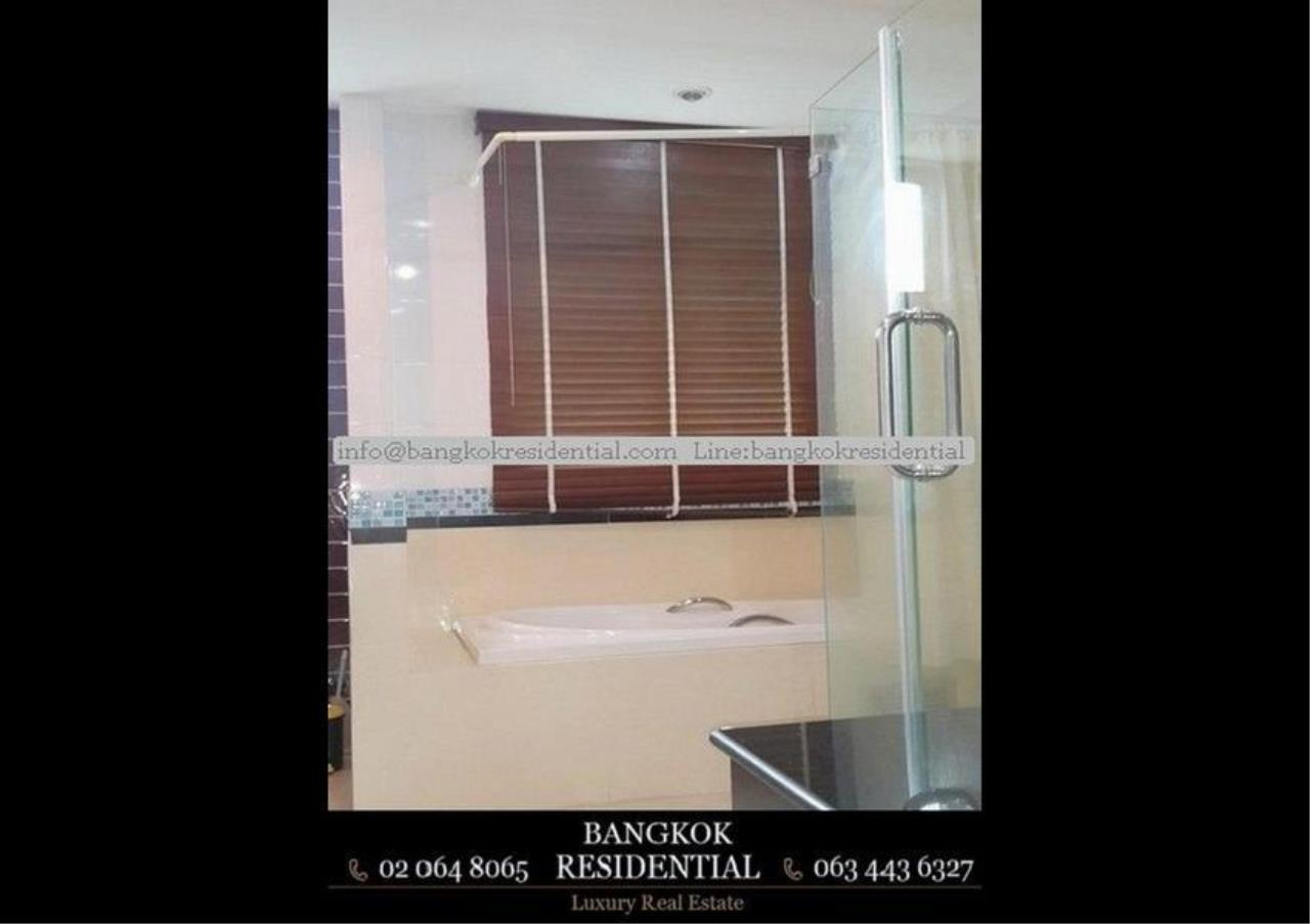 Bangkok Residential Agency's 3 Bed Condo For Rent in Asoke BR4149CD 15