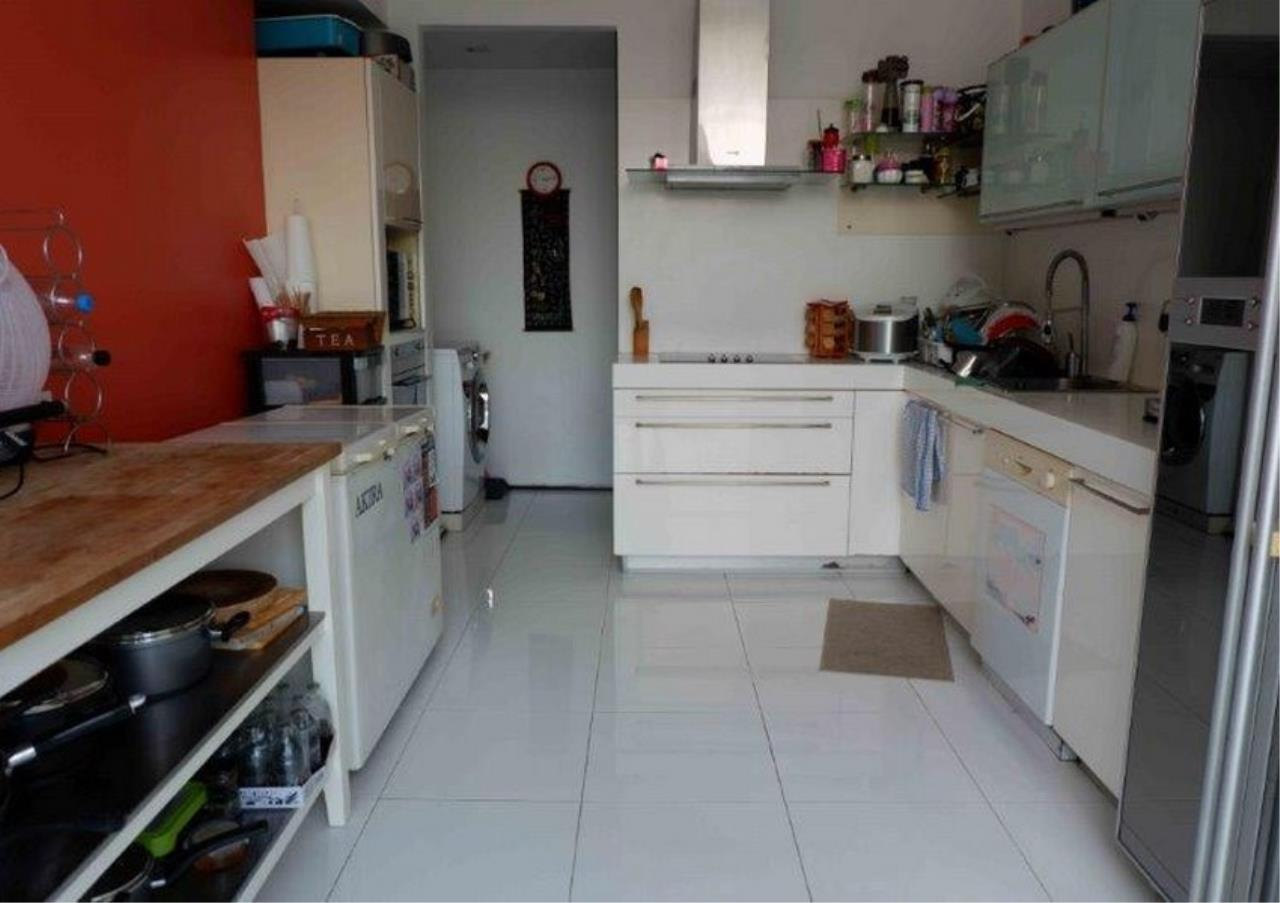 Bangkok Residential Agency's 4 Bed Duplex Condo For Sale in Phra Khanong BR4154CD 5