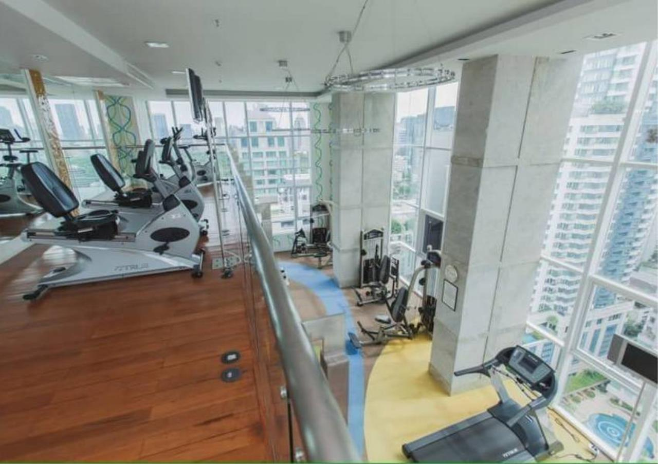 Bangkok Residential Agency's 2 Bed Condo For Rent in Chidlom BR4157CD 2