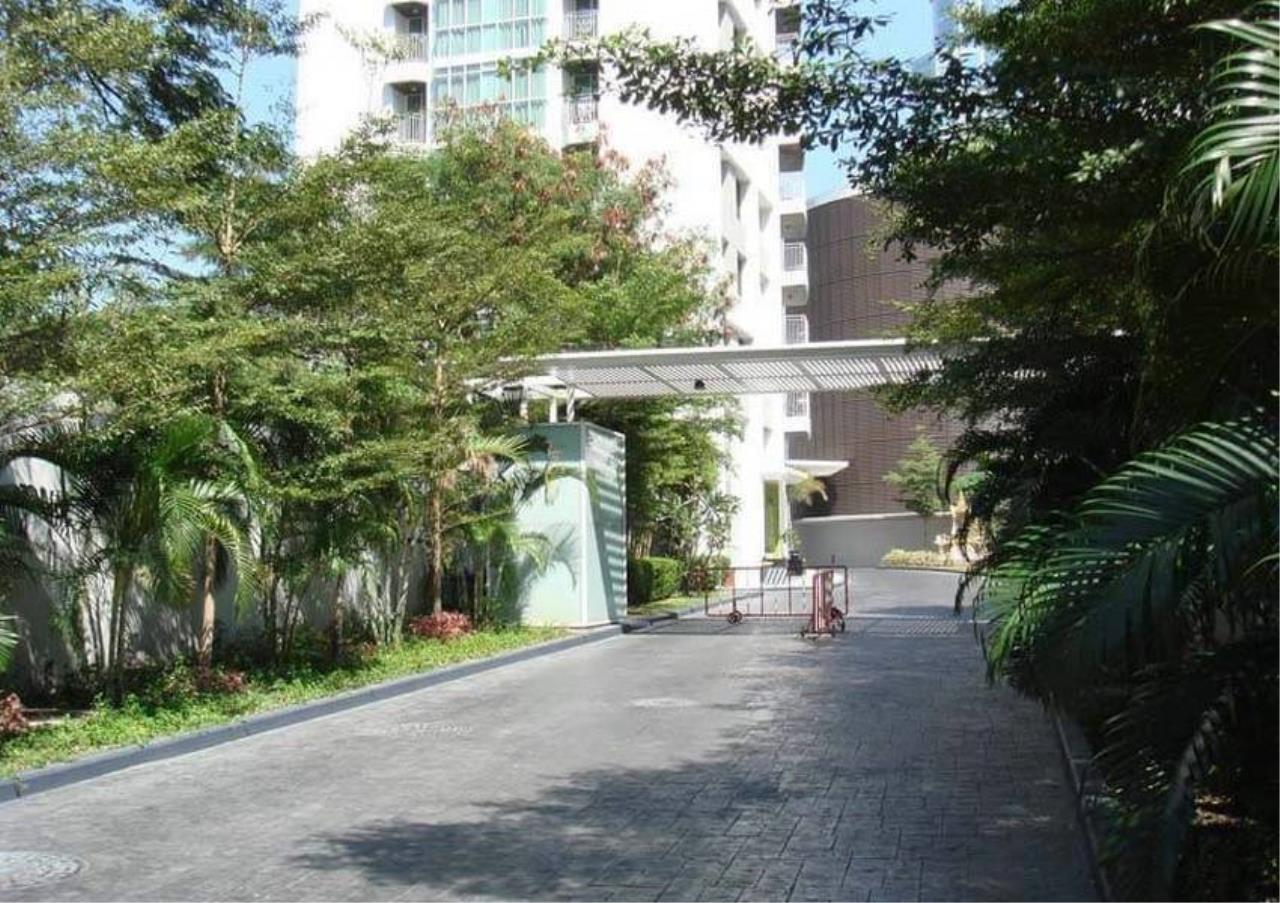 Bangkok Residential Agency's 2 Bed Condo For Rent in Chidlom BR4157CD 3