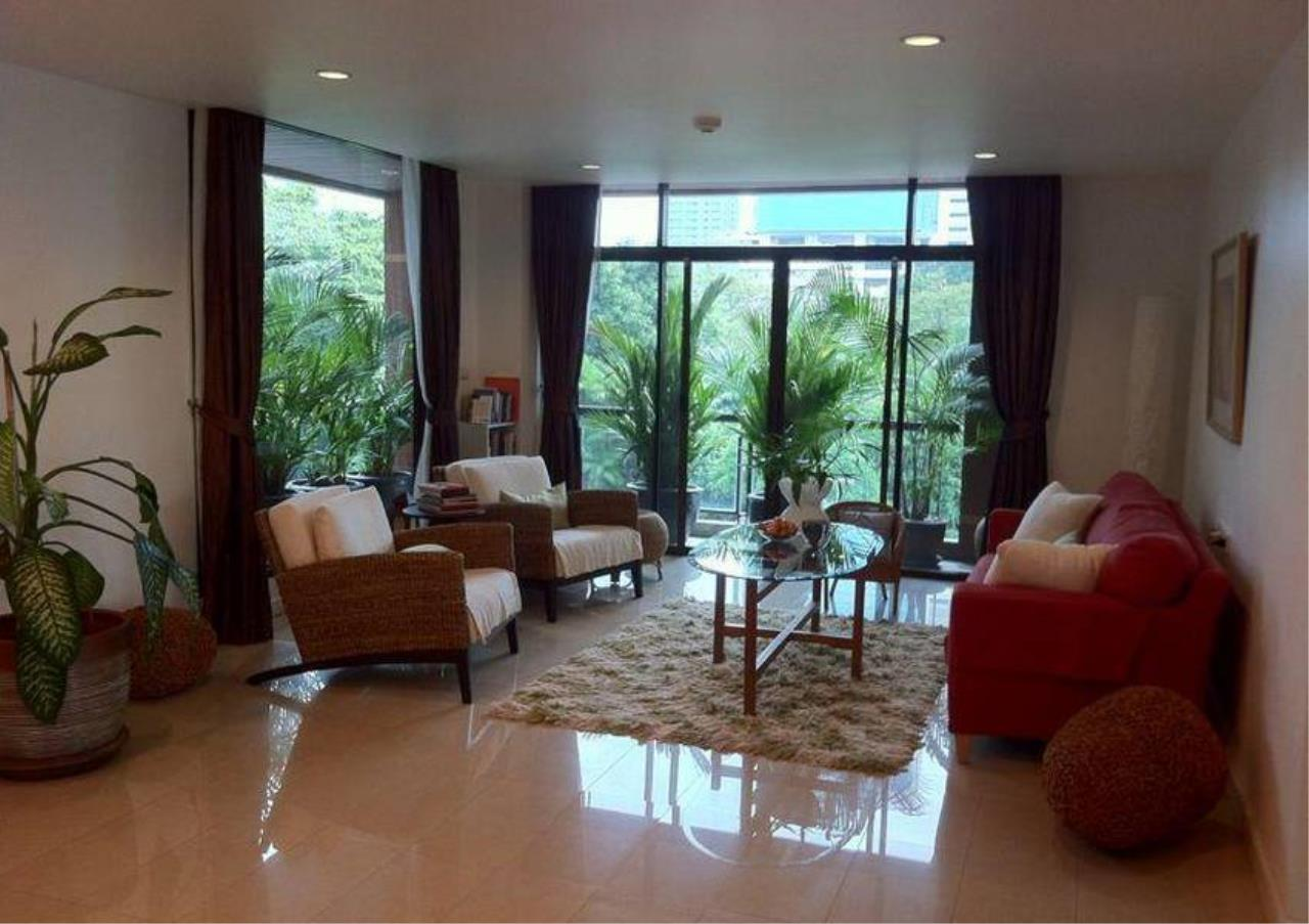 Bangkok Residential Agency's 4 Bed Condo For Rent in Ekkamai BR4171CD 1