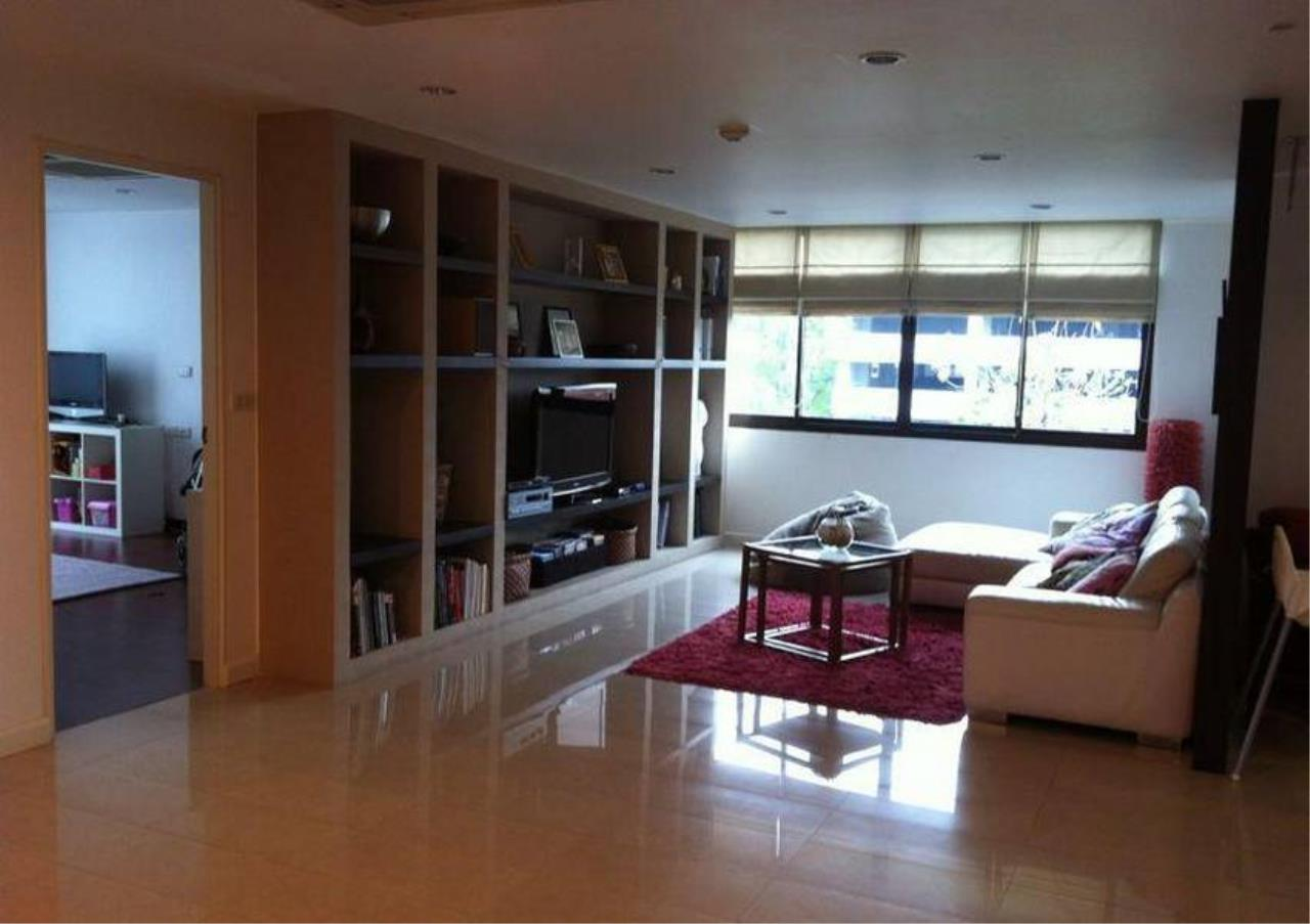 Bangkok Residential Agency's 4 Bed Condo For Rent in Ekkamai BR4171CD 2