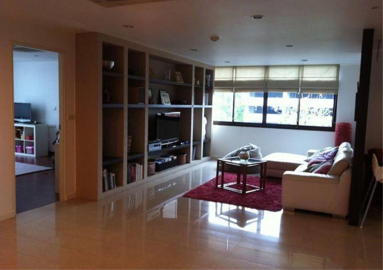 Bangkok Residential Agency's 4 Bed Condo For Rent in Ekkamai BR4171CD 2