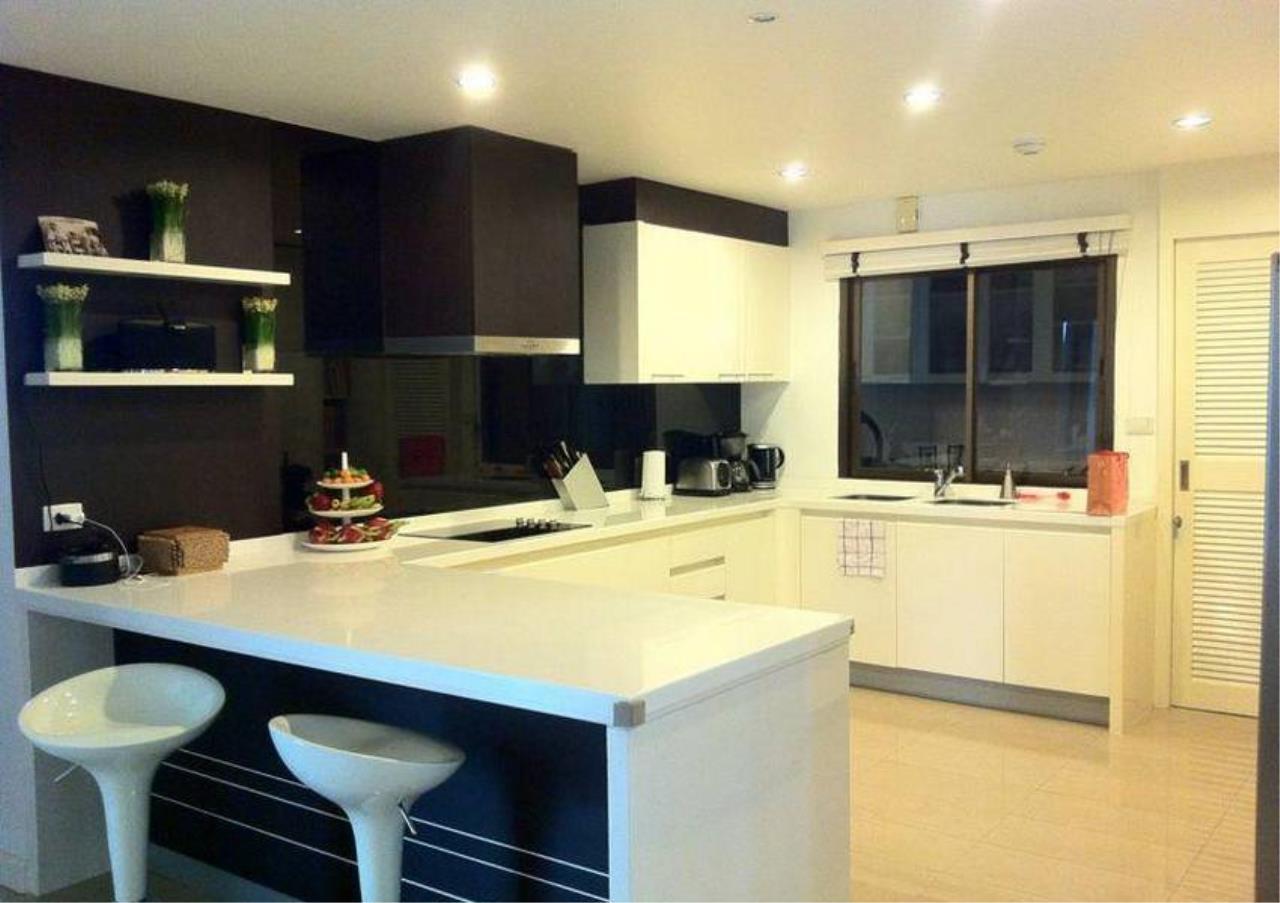 Bangkok Residential Agency's 4 Bed Condo For Rent in Ekkamai BR4171CD 3
