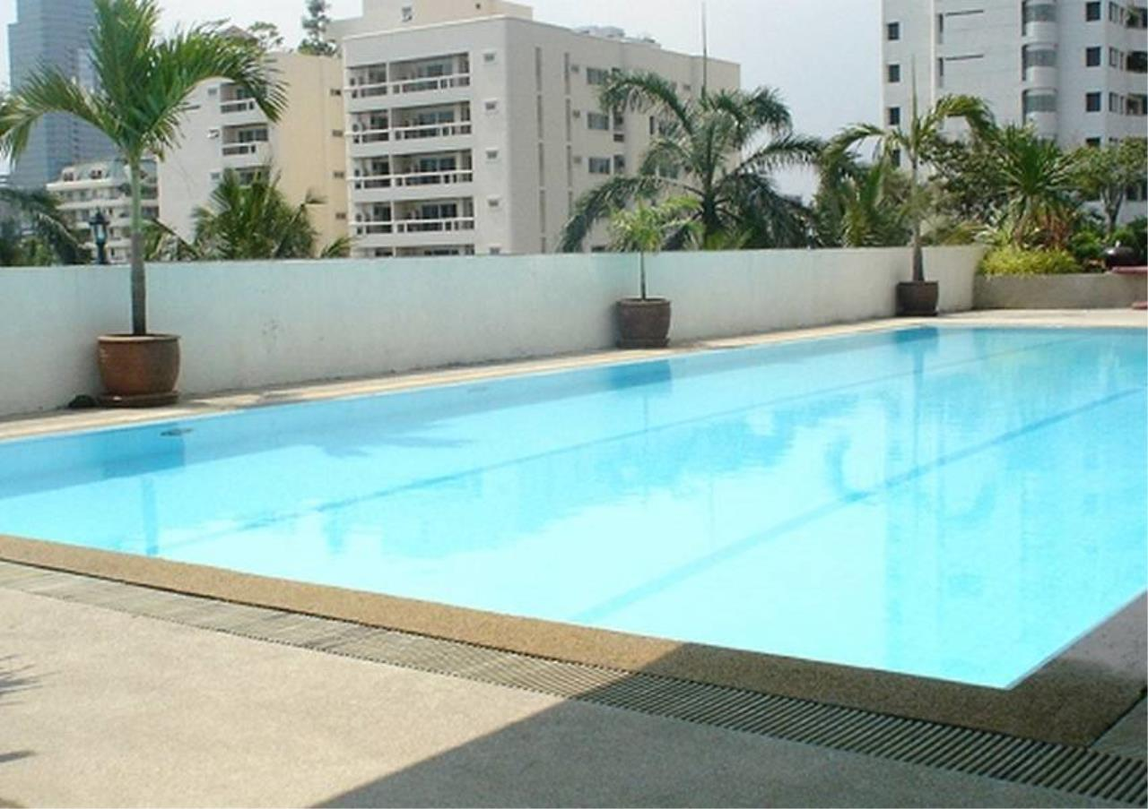 Bangkok Residential Agency's 2 Bed Condo For Rent in Phrom Phong BR4193CD 1