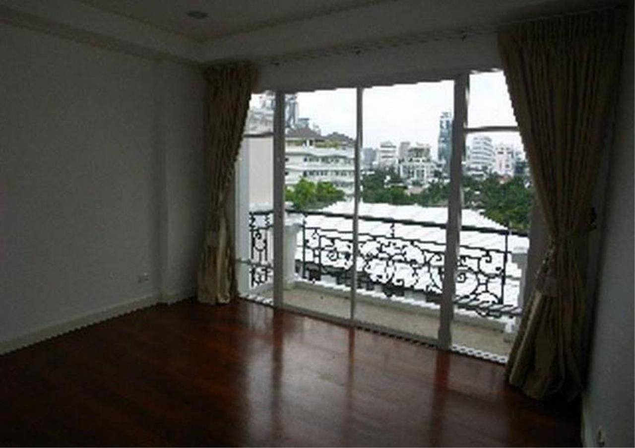 Bangkok Residential Agency's 3 Bed Condo For Rent in Thonglor BR4216CD 1