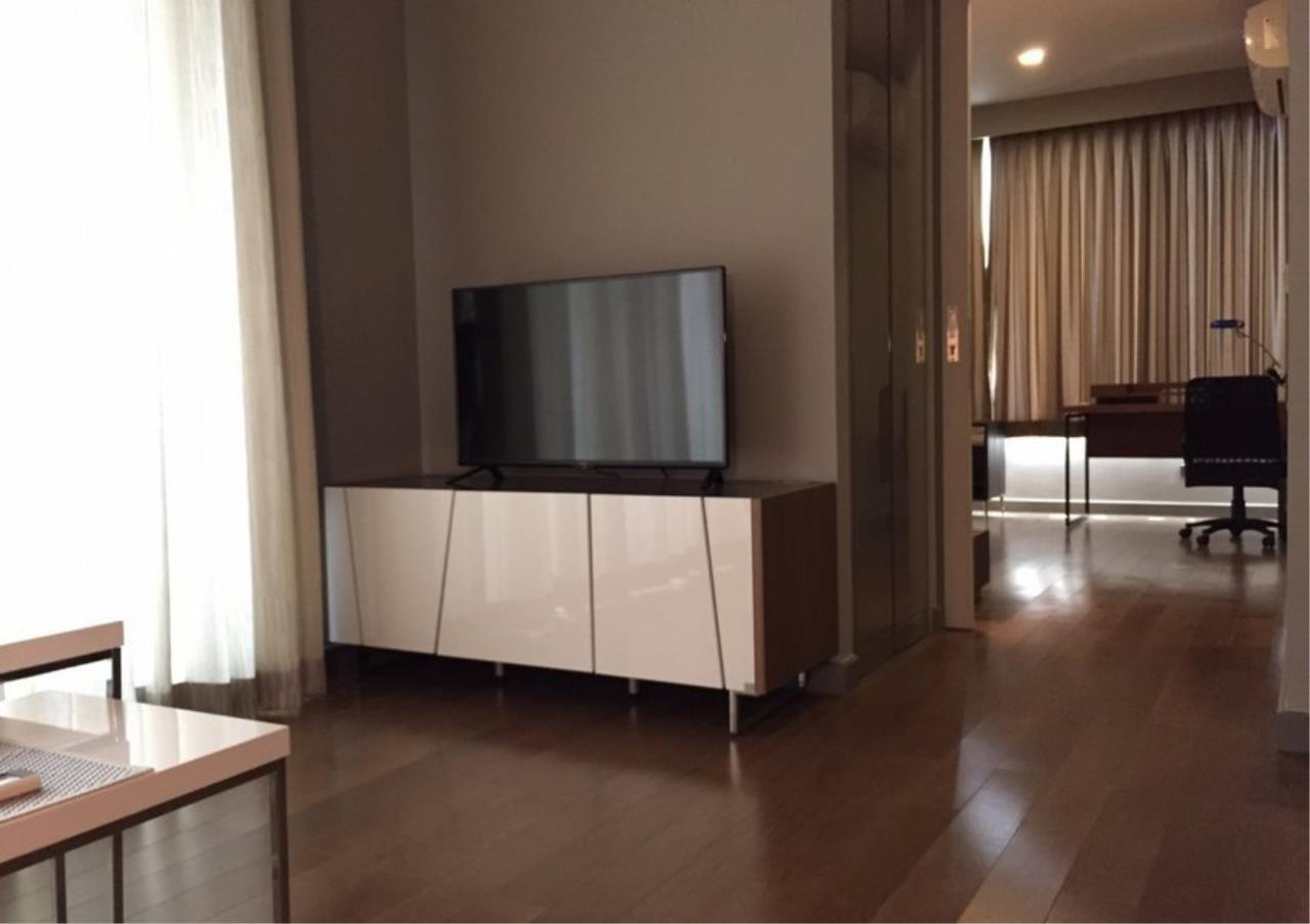 Bangkok Residential Agency's 1 Bed Condo For Sale in Sathorn BR4225CD 3