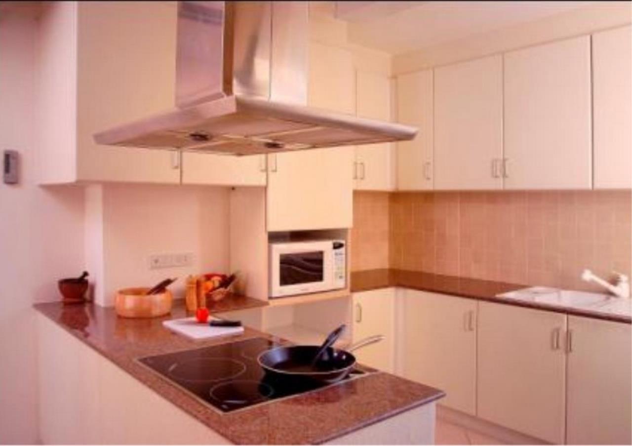 Bangkok Residential Agency's 3 Bed Condo For Rent in Nana BR4242CD 4