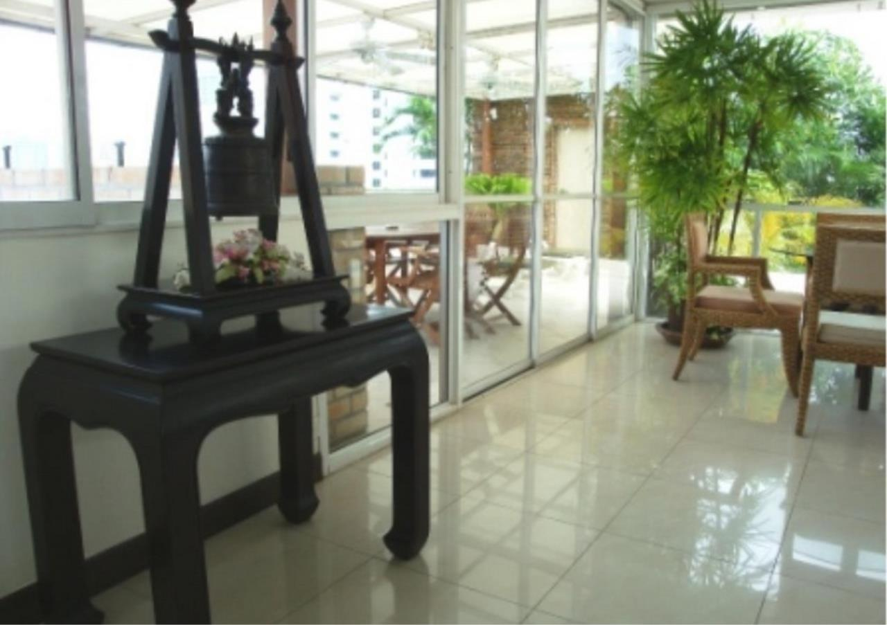 Bangkok Residential Agency's 3 Bed Condo For Rent in Nana BR4242CD 10