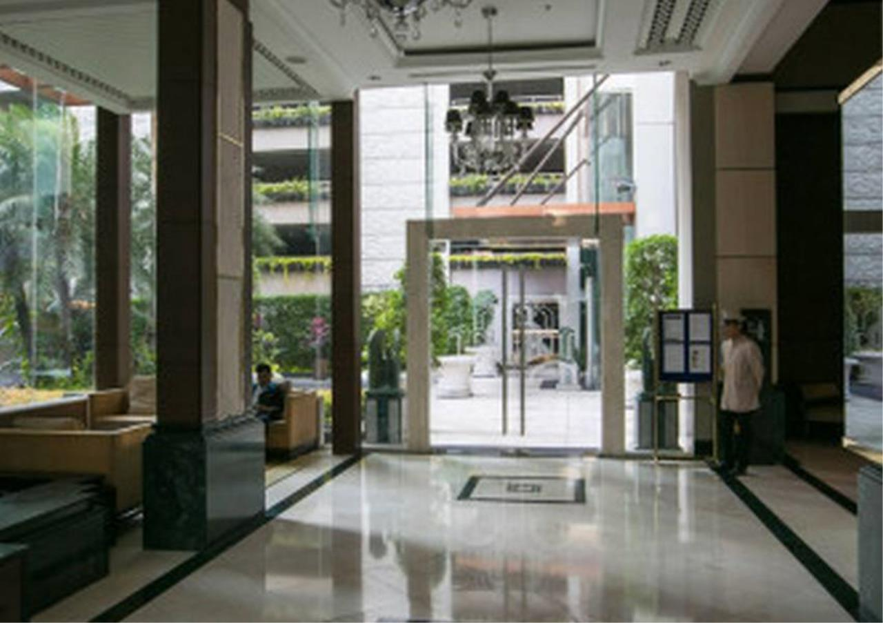 Bangkok Residential Agency's 1 Bed Condo For Rent in Chidlom BR4277CD 4