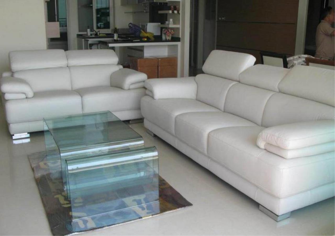 Bangkok Residential Agency's 3 Bed Condo For Sale Near  Riverside BR4295CD 8