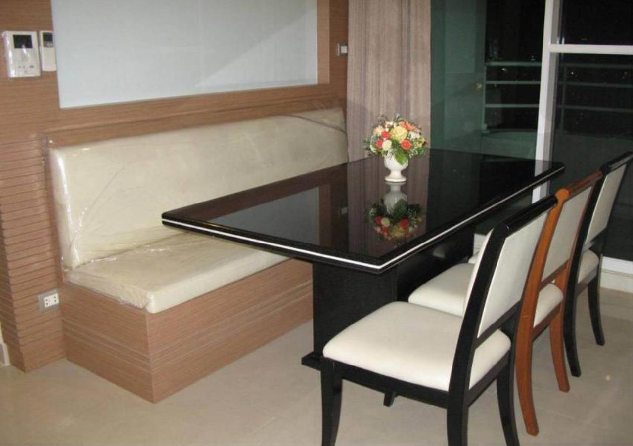 Bangkok Residential Agency's 3 Bed Condo For Sale Near  Riverside BR4295CD 11