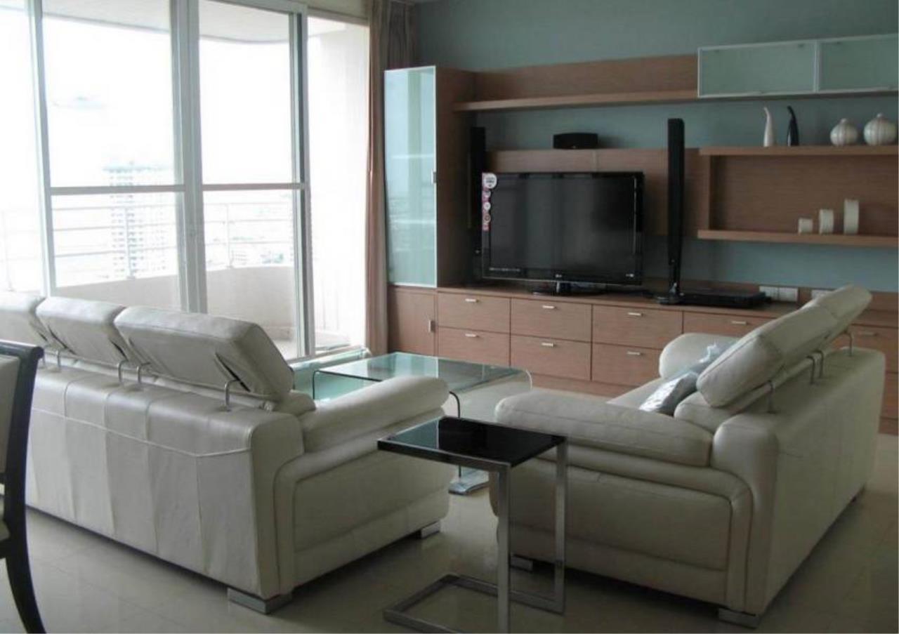 Bangkok Residential Agency's 3 Bed Condo For Sale Near  Riverside BR4295CD 18