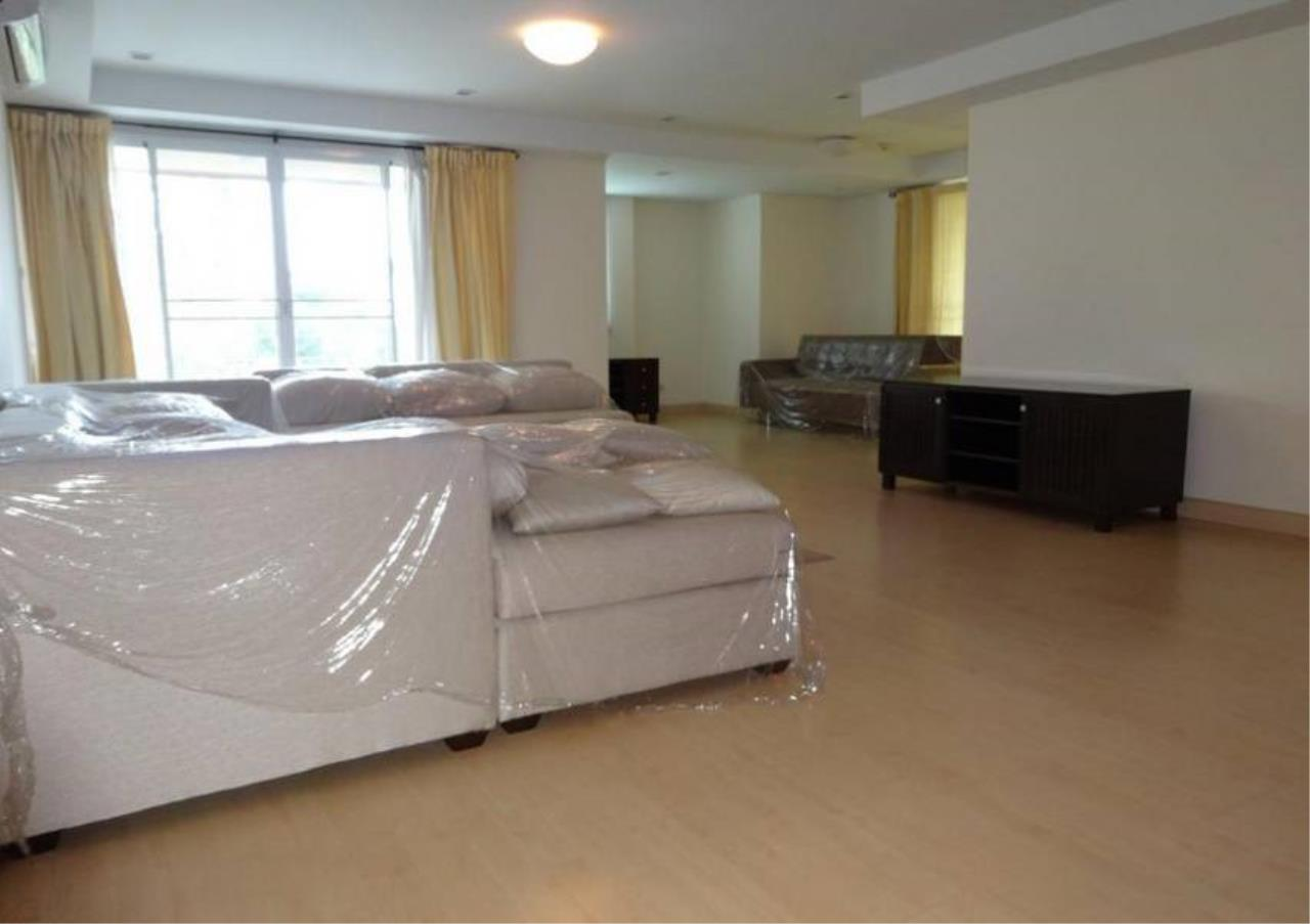 Bangkok Residential Agency's 3 Bed Condo For Sale in Phrom Phong BR4299CD 3