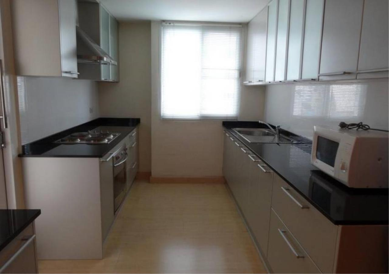 Bangkok Residential Agency's 3 Bed Condo For Sale in Phrom Phong BR4299CD 6