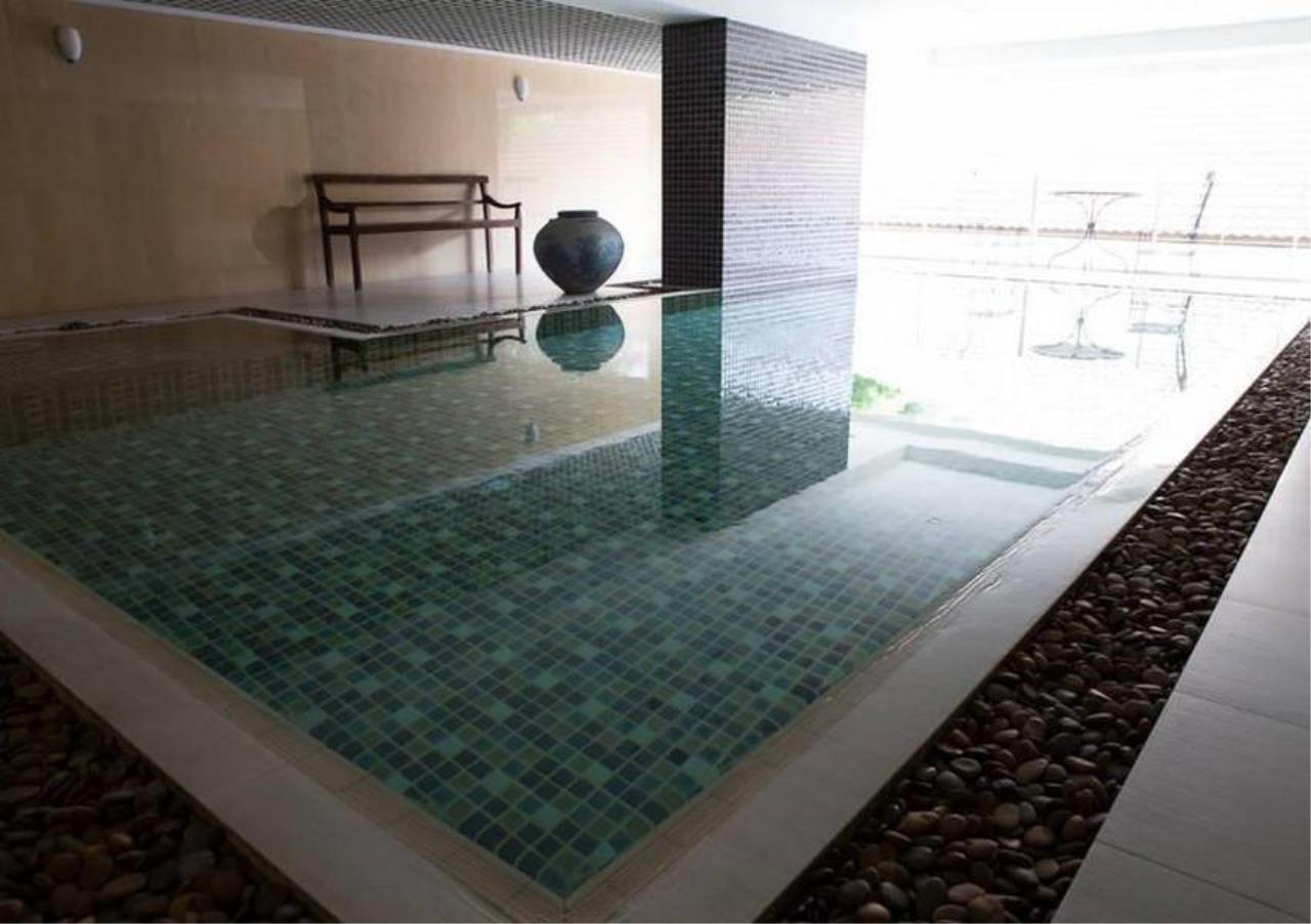 Bangkok Residential Agency's 3 Bed Condo For Sale in Phrom Phong BR4299CD 16