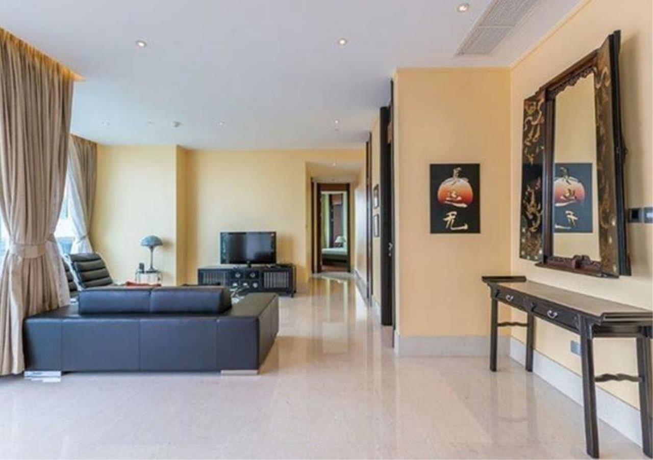 Bangkok Residential Agency's 2 Bed Condo For Rent in Sathorn BR4354CD 2