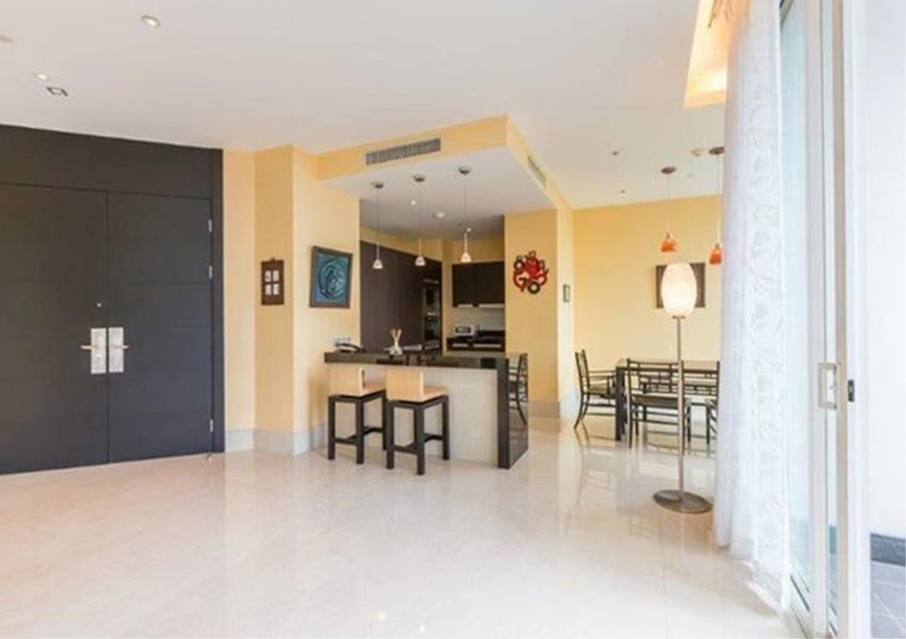 Bangkok Residential Agency's 2 Bed Condo For Rent in Sathorn BR4354CD 5