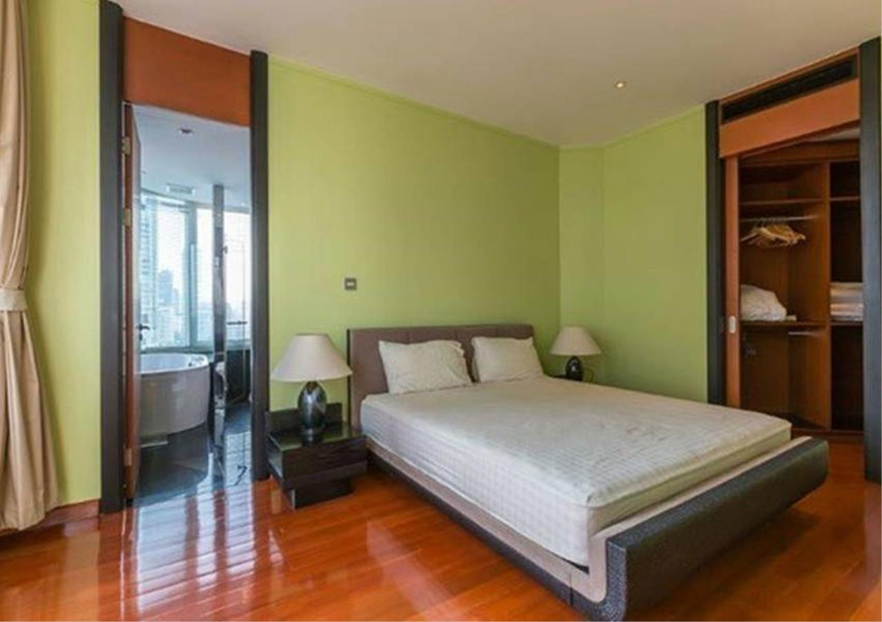 Bangkok Residential Agency's 2 Bed Condo For Rent in Sathorn BR4354CD 9