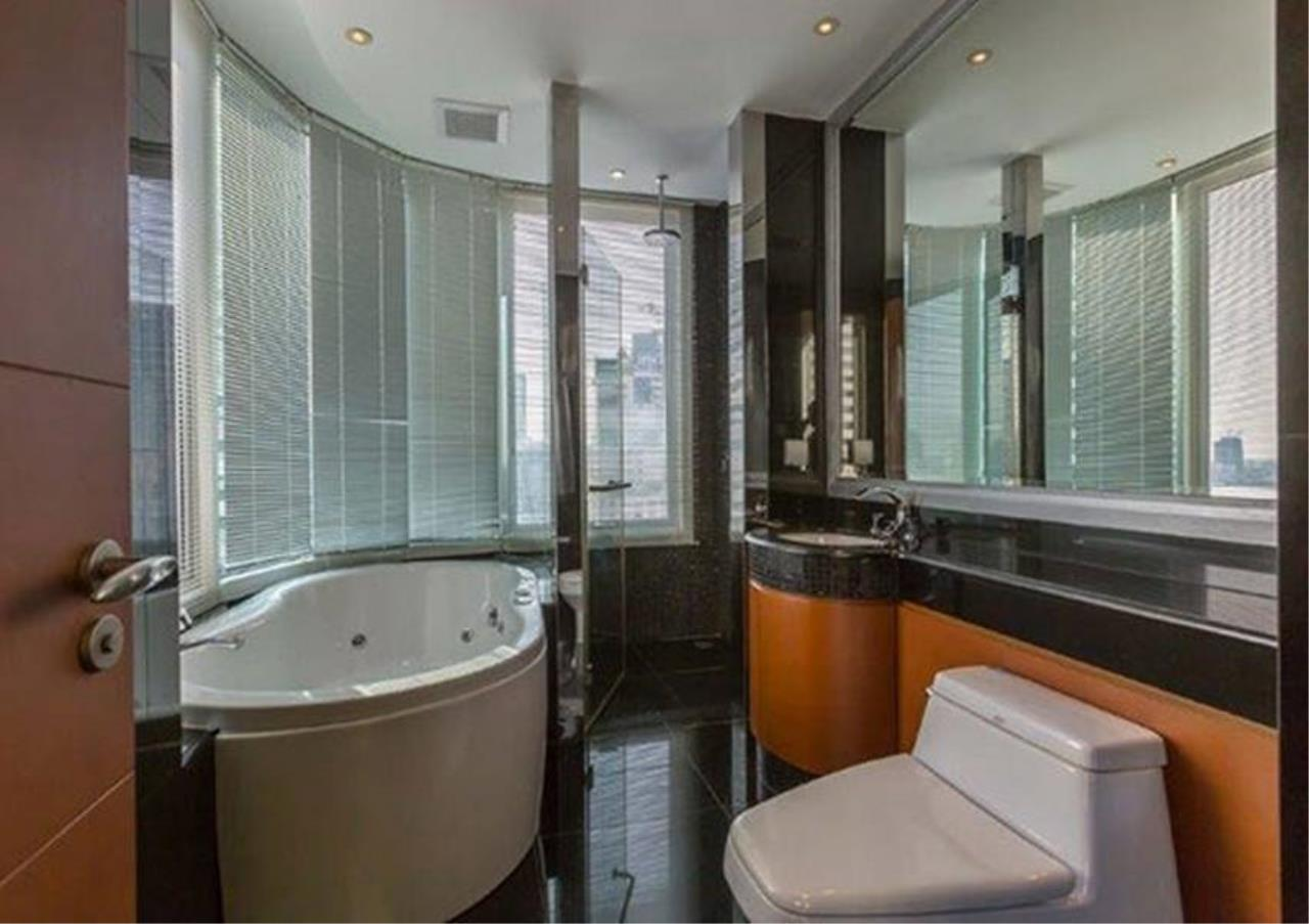 Bangkok Residential Agency's 2 Bed Condo For Rent in Sathorn BR4354CD 11