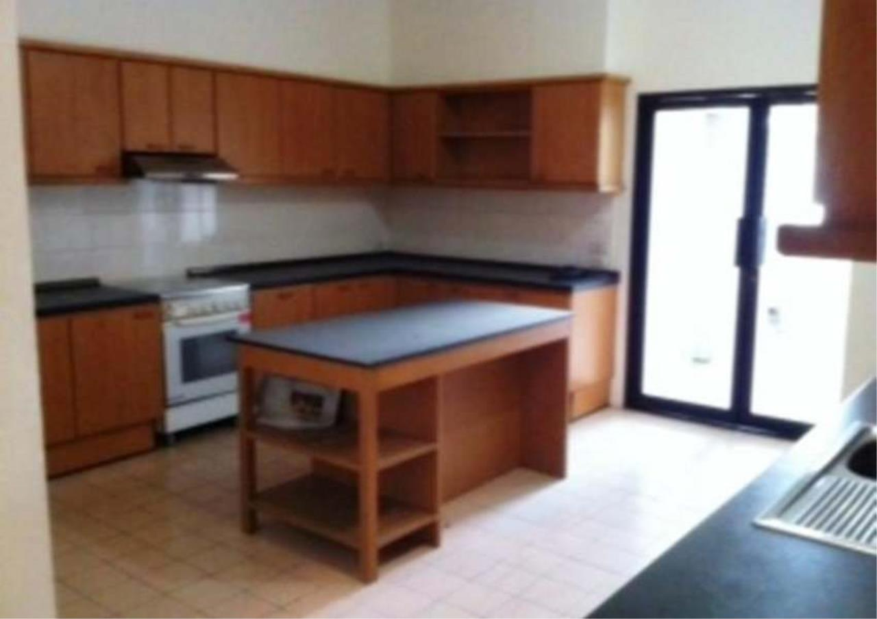 Bangkok Residential Agency's 3 Bed Condo For Rent in Nana BR4359CD 3