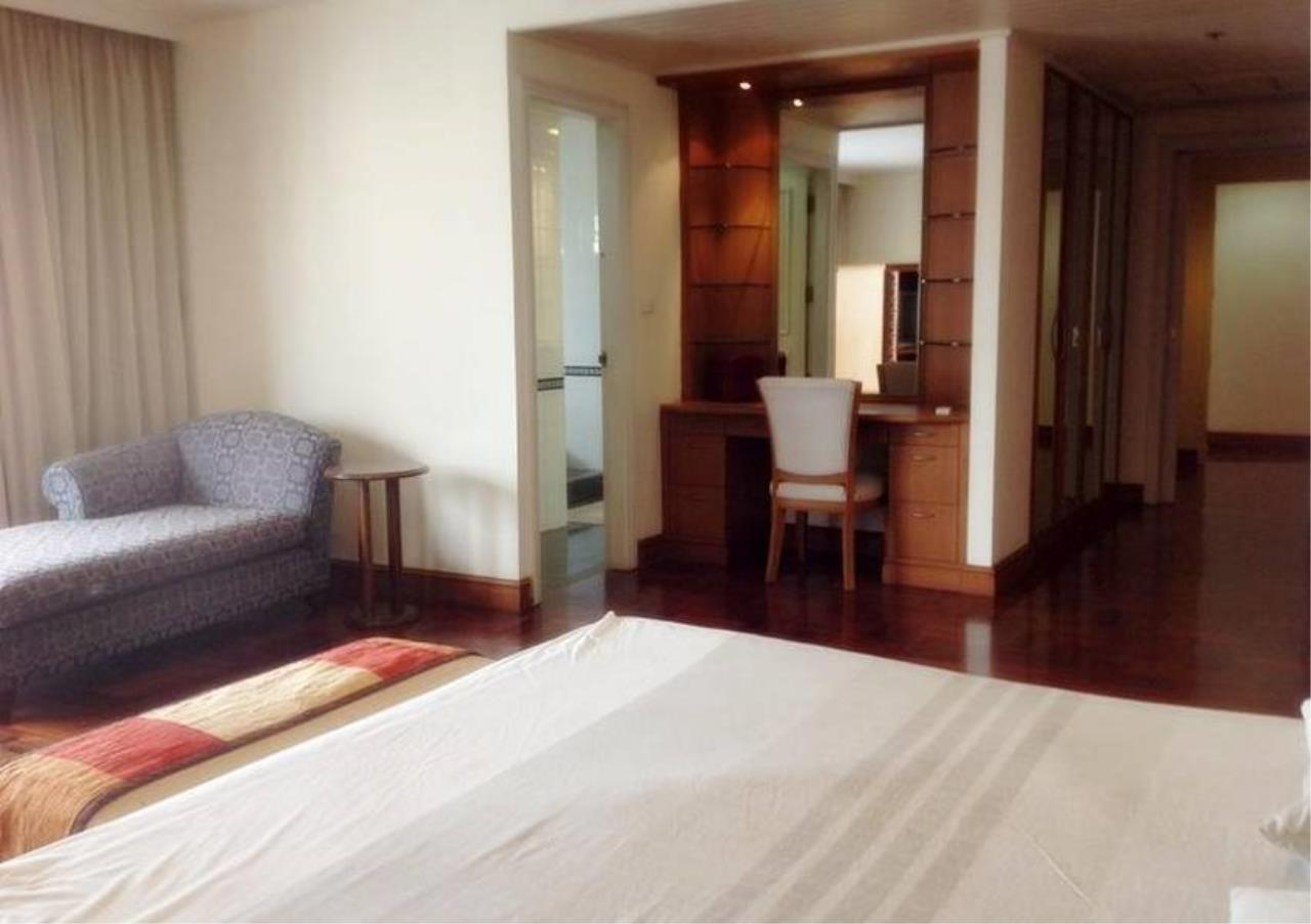 Bangkok Residential Agency's 4 Bed Condo For Rent in Nana BR4360CD 5