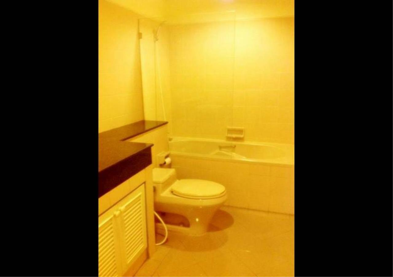 Bangkok Residential Agency's 4 Bed Condo For Rent in Nana BR4360CD 9
