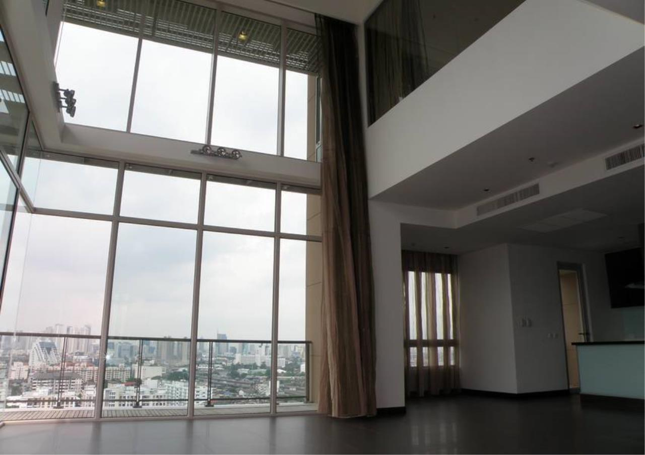 Bangkok Residential Agency's 4 Bed Condo For Rent in Sathorn BR4379CD 1