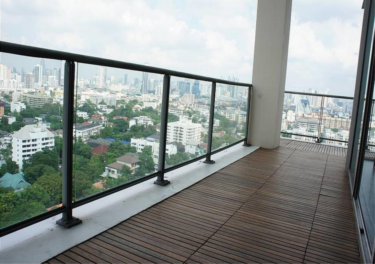 Bangkok Residential Agency's 4 Bed Condo For Rent in Sathorn BR4379CD 5