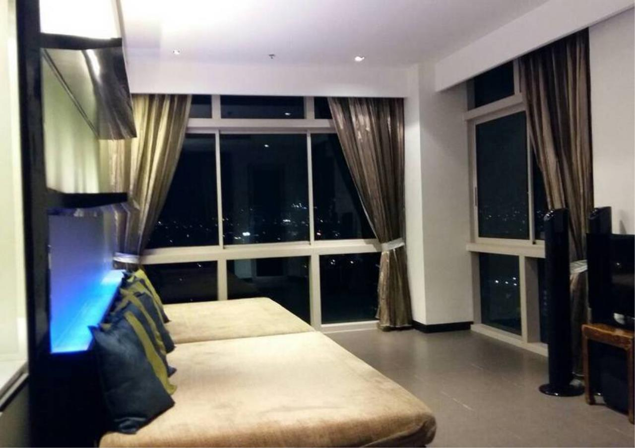 Bangkok Residential Agency's 4 Bed Condo For Rent in Sathorn BR4379CD 8